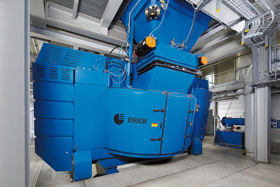 Eirich-Mischer Typ RV33 in einer Gießerei (Bild: Maschinenfabrik Gustav Eirich GmbH & Co KG)