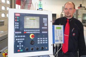Präzisionsteile-Hersteller aus einer Hand versorgt