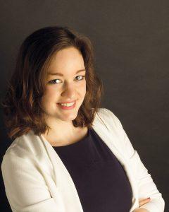Susanna Ising arbeitet im Bereich Marketing und Public Relations bei der Fastec GmbH.