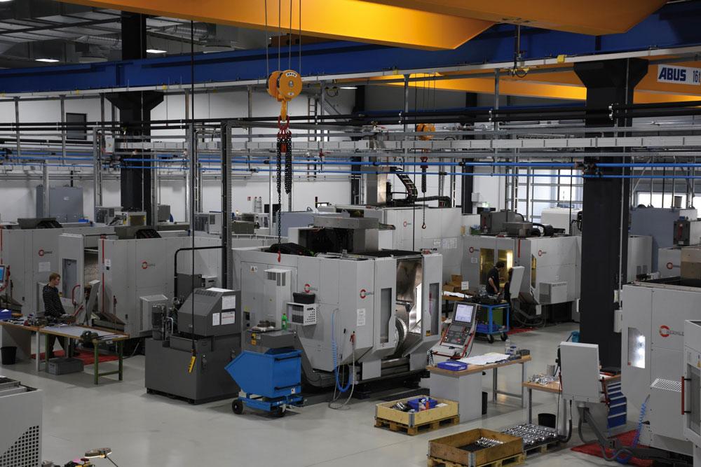 Durch den ständigen Werkzeugabgleich konnten die Rüstquote auf 63 Prozent gesenkt sowie Werkzeugvielfalt und -kosten deutlich gesenkt werden. (Bild: Maschinenfabrik Reinhausen GmbH)