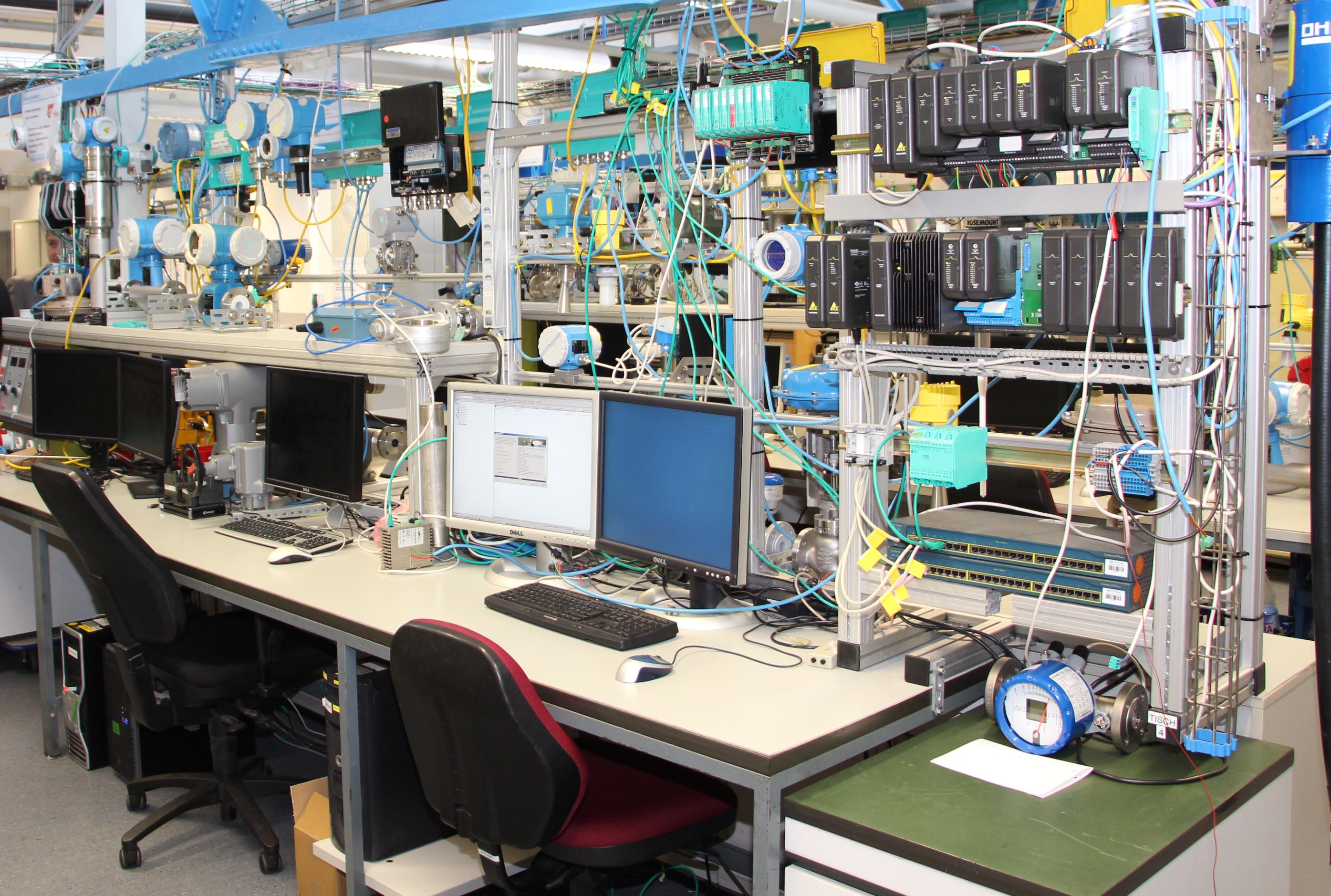 Einblick in das Prüflabor für Testanlage(n) der Bilfinger Maintenance