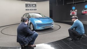 Holografische Produktentwicklung bei Ford