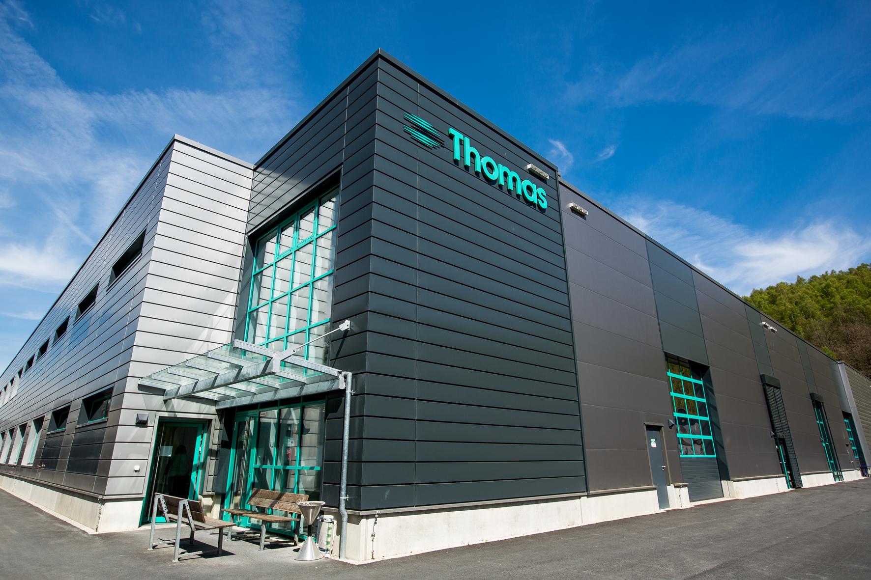 Prozessdaten im MES erfassen: Bild des Thomas Magnete GmbH Firmengebäude
