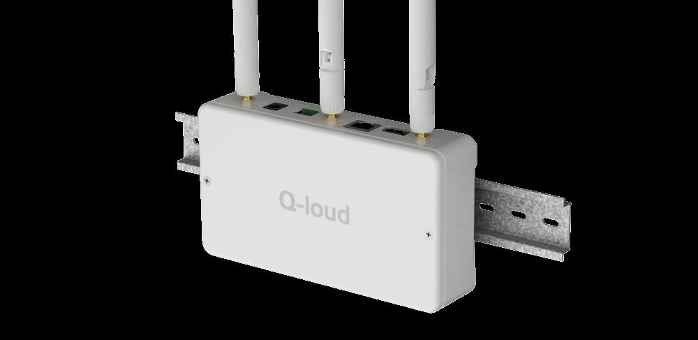 Industrial IoT - Ein Gateway für Industrieanwendungen sendet Daten via LAN, WLAN oder Mobilfunk an eine IoT-Plattform.