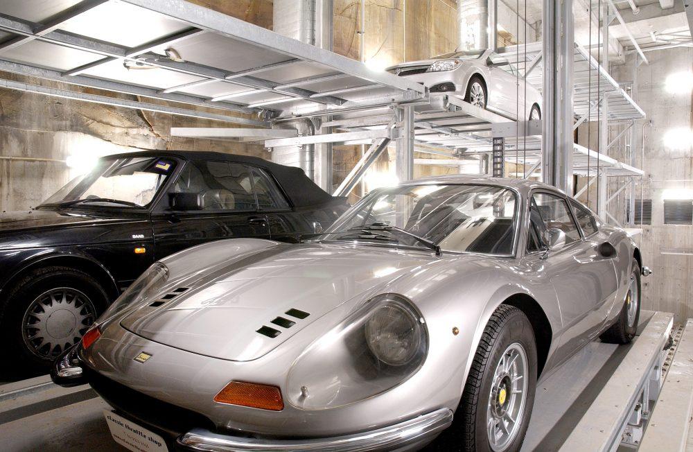 Die Premium-Parkanlagen / Parksysteme von Klaus Multiparking bieten teils Raum für mehr als 100 Fahrzeuge.