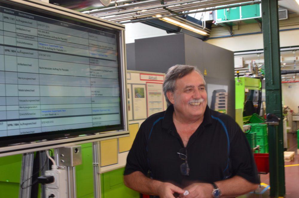 Herbert Maierhofer, der Leiter des Informatik-Supports im Werk Rapperswil/Jona