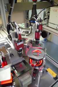 Industrielle Bildverarbeitung - Beispiel für ein ausgefeiltes mehrstufiges Prüfsystem für Schraubverbindungen