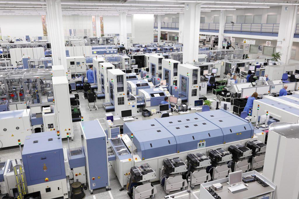 OEE Industry Standard - Maschineneffizenz steigern | Titelbild