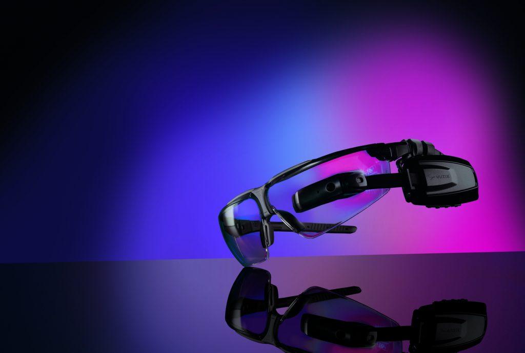 Augmented-Reality-Lösungen wie Smart Glasses werden in Zukunft häufiger in den Lieferketten eingebunden werden.
