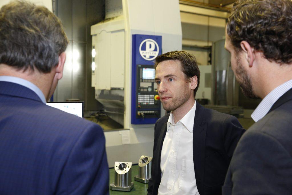 Andreas Daniel, Controller bei Buderus Schleiftechnik, ist zufrieden mit Isah Shop Floor Control