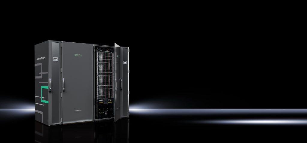 Sichere Lösung für Industrie 4.0-Anwendungen: Mit dem Secure Edge Data Center (SEDC) bietet Rittal gemeinsam mit den Partnern ABB und HPE eine schlüsselfertige Datacenter-Lösung, die speziell für Echtzeit-Datenverarbeitung in rauen Industrieumgebungen entwickelt wurde (Bild: Rittal GmbH & Co. KG)