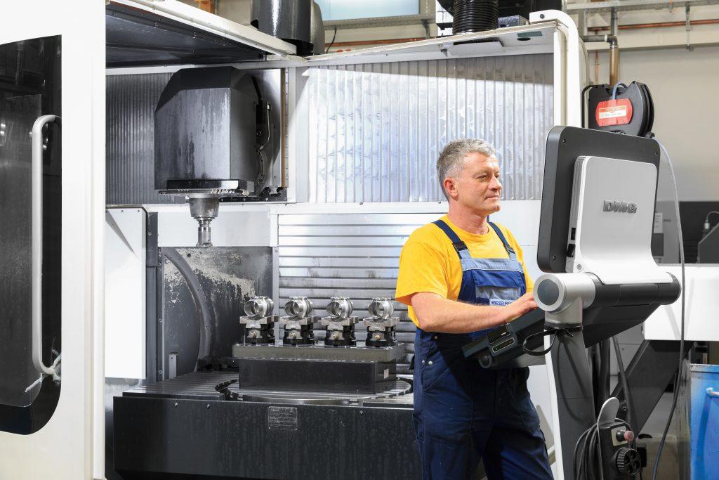 Kieselmann GmbH - 14.000 Arbeitsgänge stets im Blick