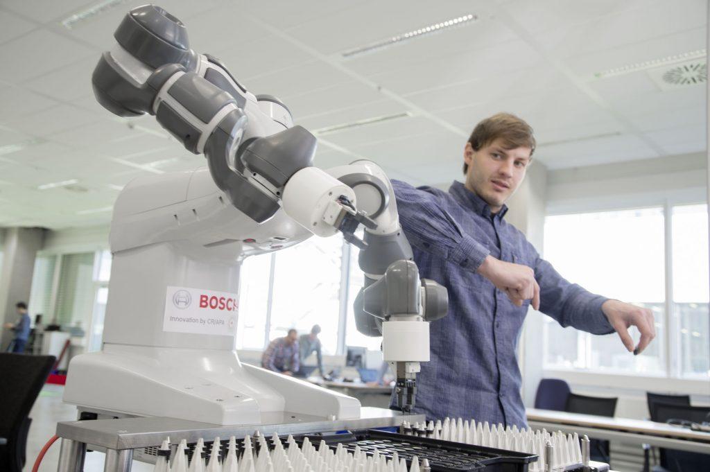 (Bild: Robert Bosch GmbH - Logistikzentrum)