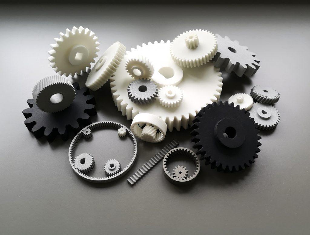 Bedarfsgerecht konfigurierte Bauteile: Mit mehr als 20 Parametern je Konfigurator können die Anforder - ungen des Kunden optimal abgedeckt werden. (Bild: Phoenix Contact Deutschland GmbH)