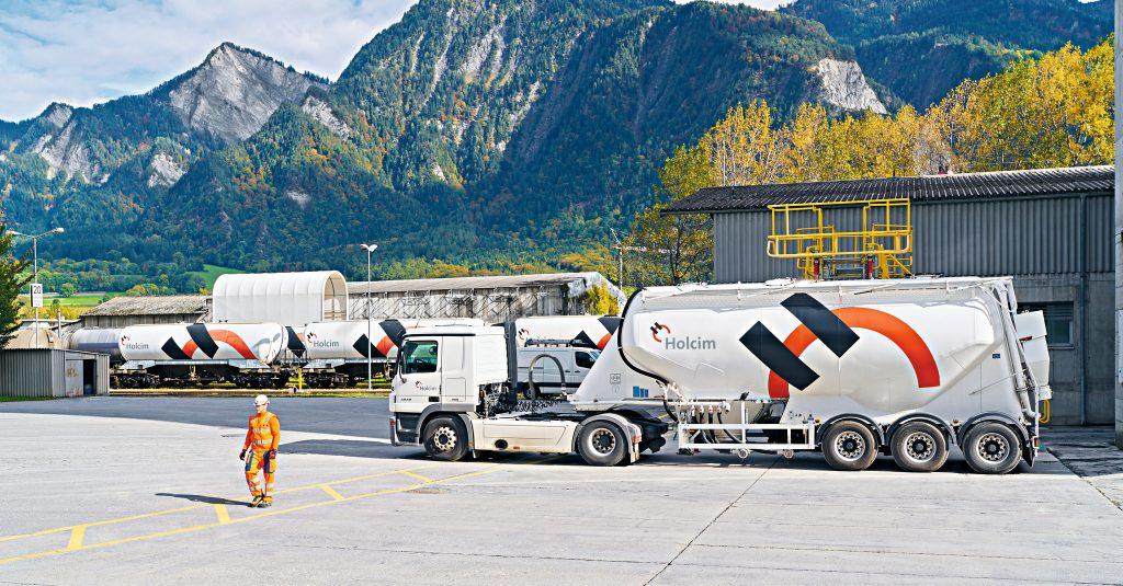 Die Holcim-Unternehmensgruppe produziert vor allem Baustoffe und ganze Lösungen an die Bauindustrie. (Bild: Holcim AG)