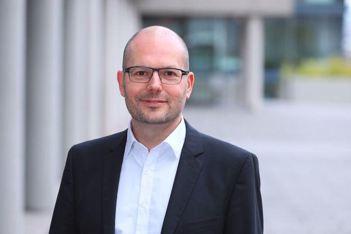 Professor Dr.-Ing. Martin Ruskowski ist Forschungsbereichsleiter Innovative Fabriksysteme am Deutschen Forschungszentrum für künstliche Intelligenz. (Bild: Technologie-Initiative SmartFactory KL e.V.)