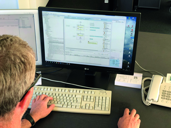 Mit Transconnect unterstützt SQL Projekt Unternehmen bei der Automatisierung von Produktionsprozessen. Die Software verbindet als Integrationsschicht die Leitsysteme für Betrieb, Prozesse und Maschinen mit Systemen für Verwaltungs- und Organisationsprozesse. (Bild: SQL Projekt AG)