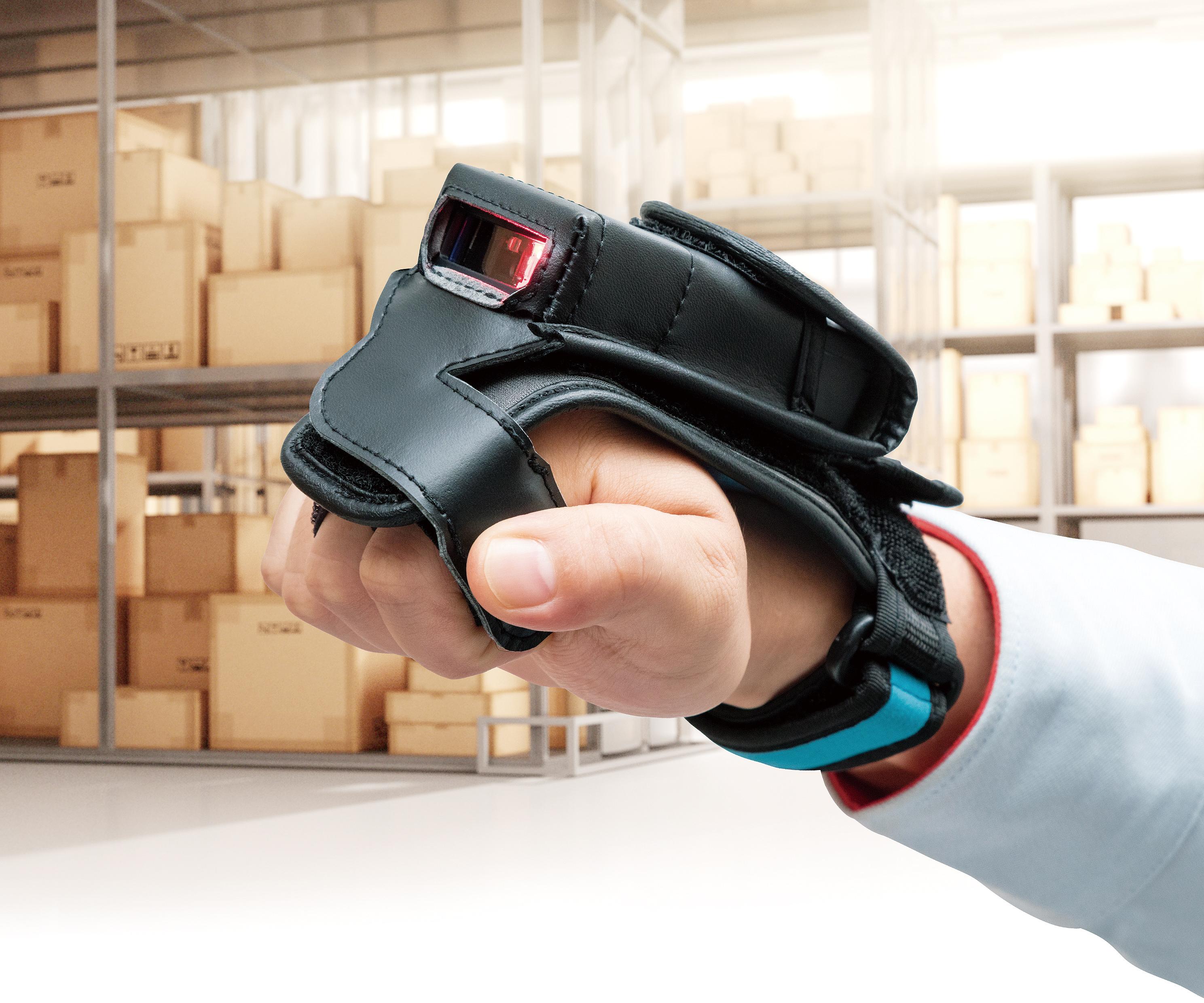 Der Akku des Handschuh-Scanners soll bis zu 24 Stunden durchhalten. (Bild: Denso Wave Europe GmbH)