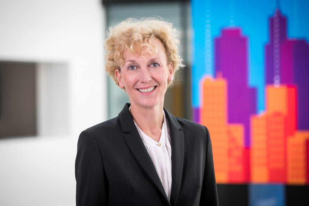 Sabine Bendiek ist seit Januar 2016 Vorsitzende der Geschäftsführung von Microsoft Deutschland. (Bild: Microsoft Deutschland GmbH)