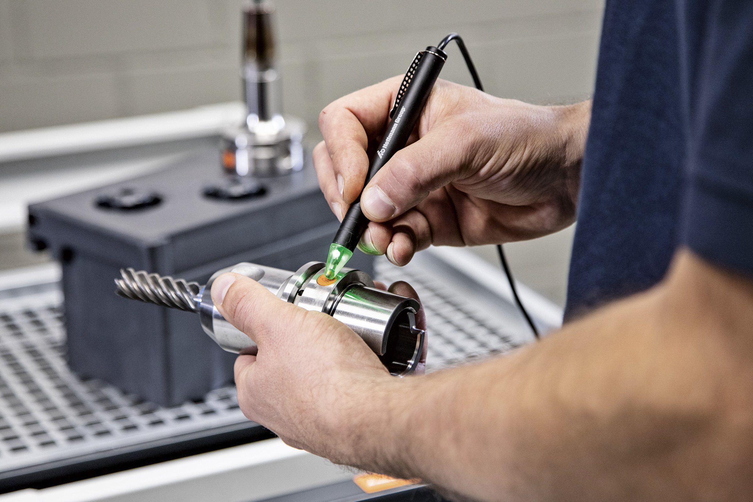 Werkzeuginformationen können per Scan schnell angezeigt und übermittelt werden. (Bild: Hoffmann SE)