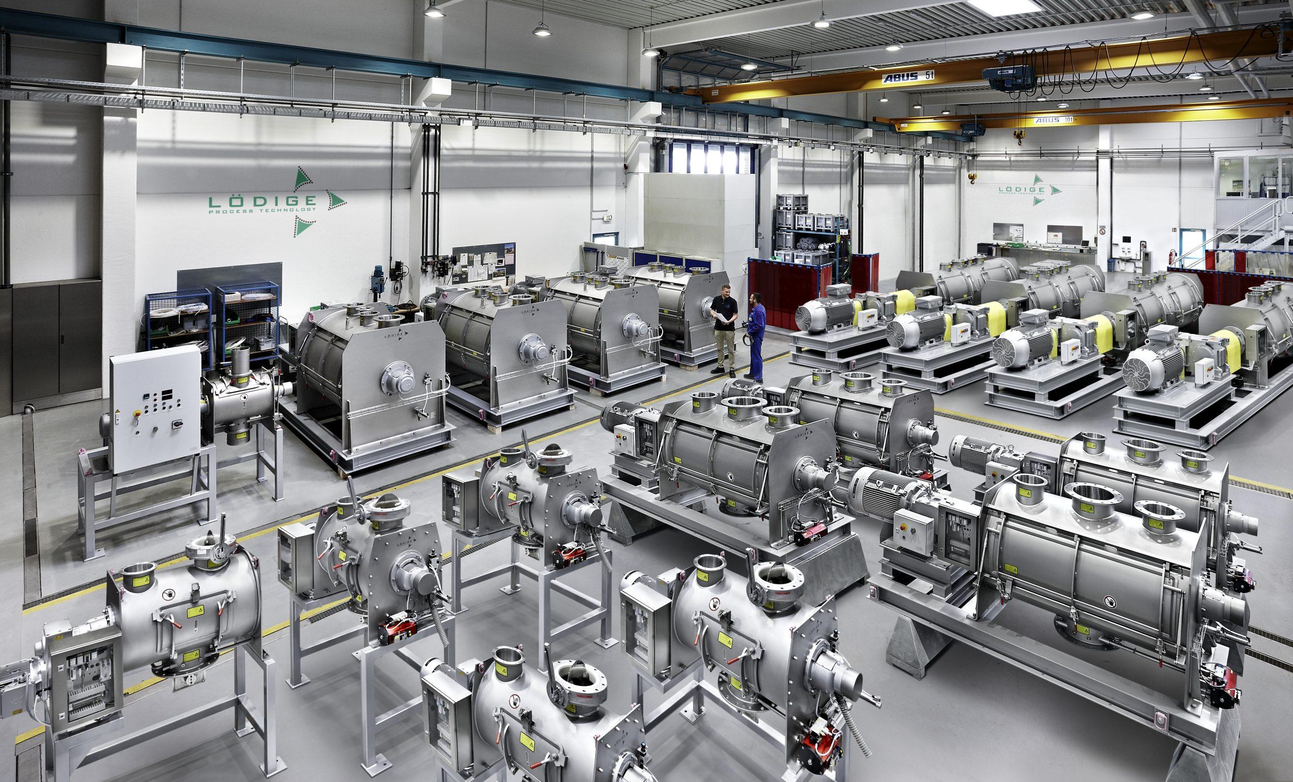 Den Kern fast jeder Anlage en ein Mischer, Trockner, Reaktor oder Coater. Darum entwickelt und baut Lödige ein System aus Apparaten und Maschinen. (Bild: PSI Automotive & Industry GmbH)