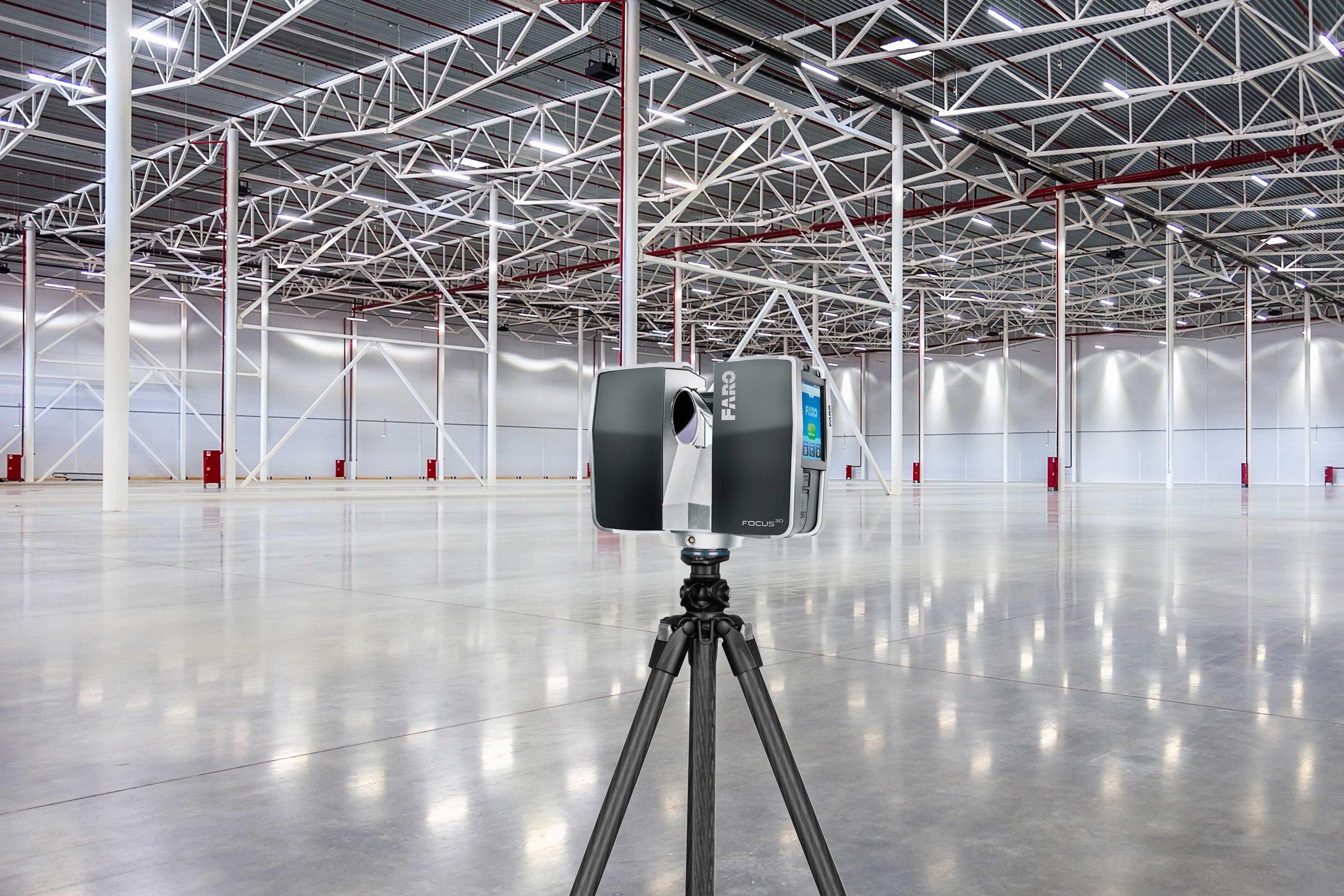 Laserscanner vermitteln den Planern die Grenzen des verfügbaren Hallenbaus. (Bild: ©petinovs/istockphoto.com)