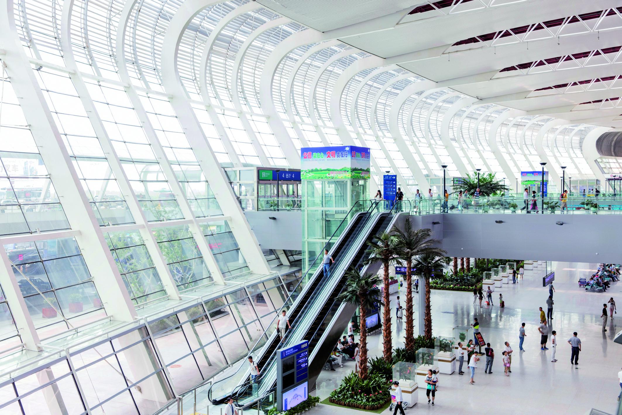Fahrtreppe Modell Tugela von Thyssenkrupp im International Airport Hefei-Xinqiao, China (Bild: Thyssenkrupp AG)