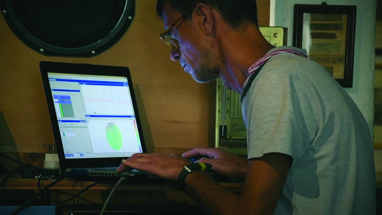 Mit den Siemens-Lösungen Simcenter Testlab und Simcenter Scadas Hardware wollen die Experten verstehen, welche Geheimnisse dem außergewöhnlichen Klang alter Geigen zugrunde liegen. (Bild: Siemens AG)