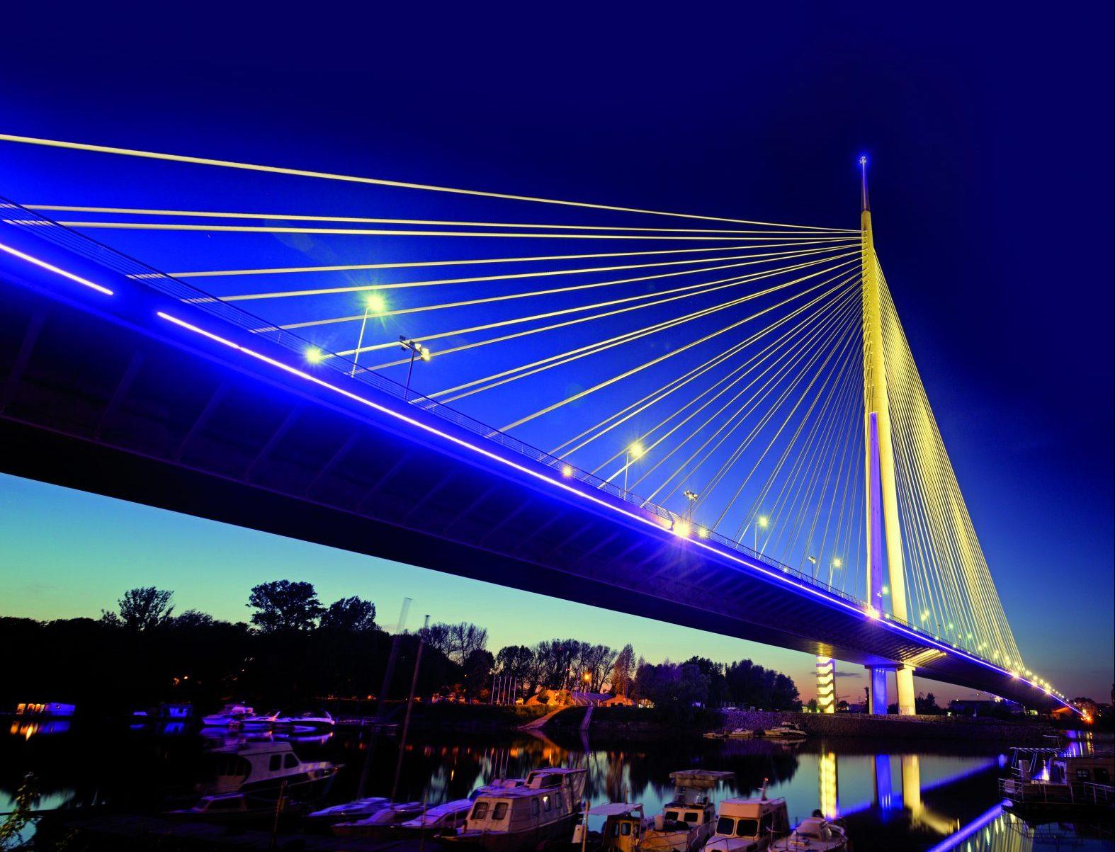 SCADA-Systeme übernehmen bei der Integration von IT und OT eine wichtige Brückenfunktion (Bild: ©Oliver Mandetzky/Getty Images)