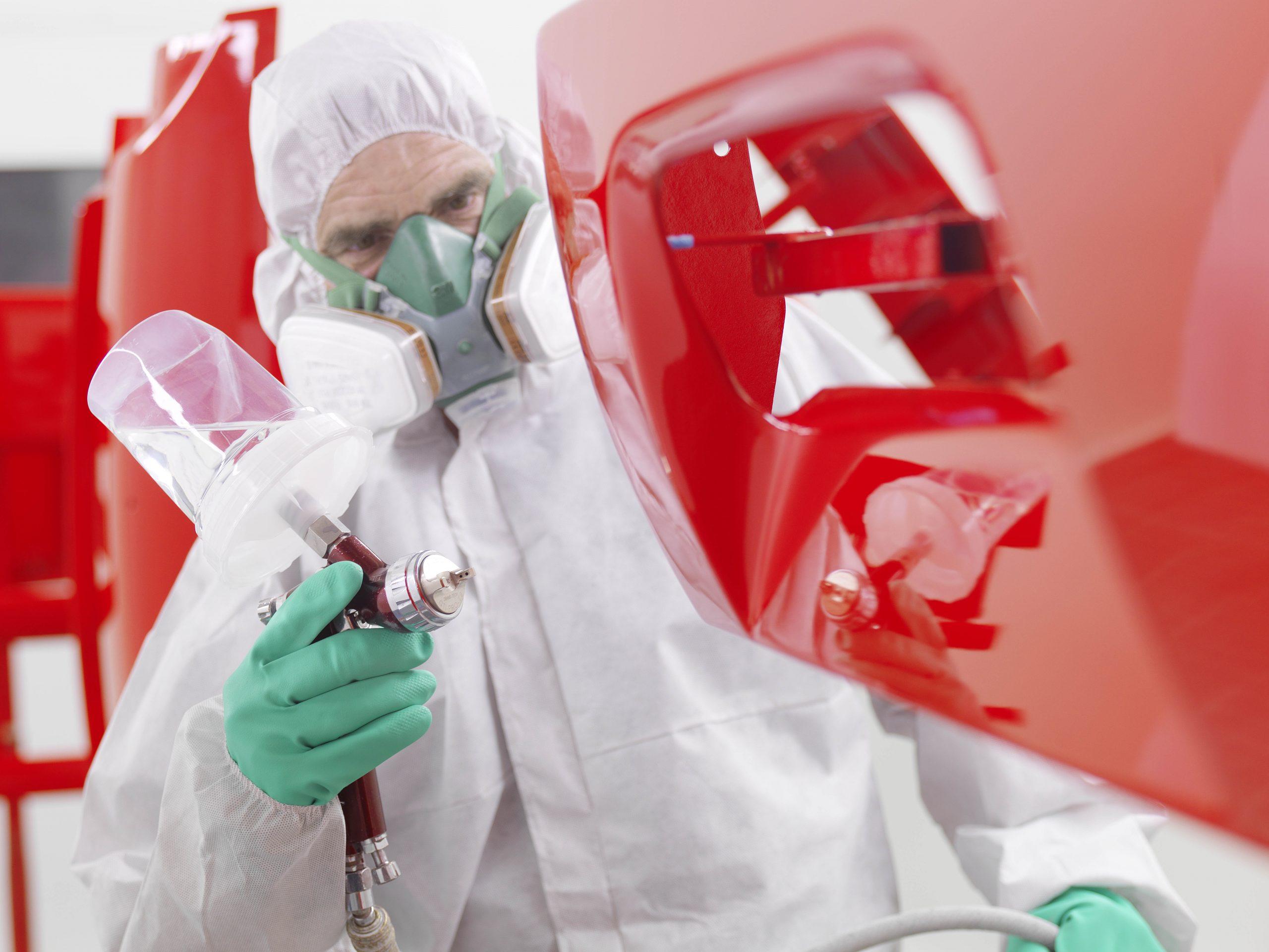 Zu den anspruchsvollen Vorgaben, die KSK erfüllt, zählt die Norm IATF16949, die Forderungen der Automobilindustrie an Qualitätsmanagementsysteme vereint. (Bild: KSK Industrielackierungen)