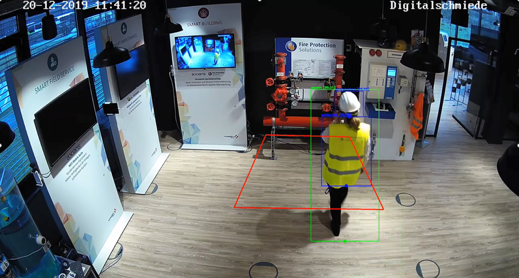 Edge Computing ermöglicht die Analyse von Bilddaten in der Fabrik, ohne die Konformität des Datenschutzes zu riskieren. (Bild: Actemium)