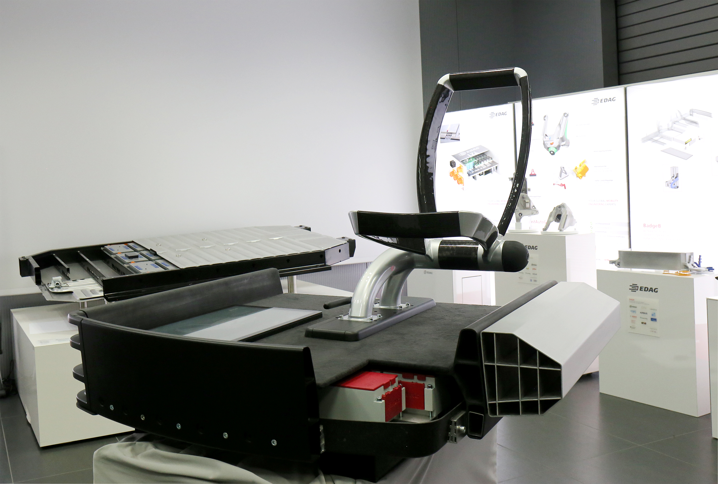 FiberEUse: Die wiederverwendbare Fahrzeugplattform (Bild: EDAG Engineering GmbH)